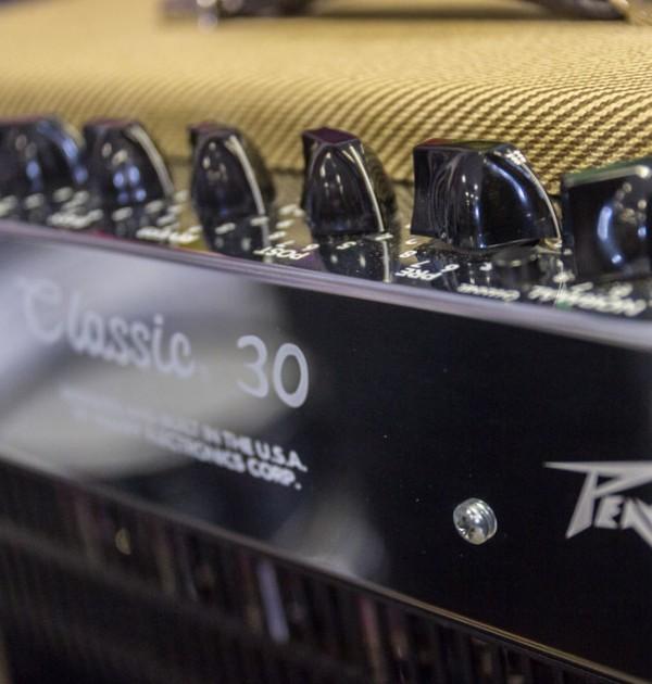 Peavey Classic 30 - Detalle Trasero 01